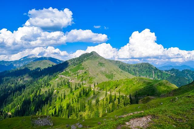 Podhůří Himalájí v Kašmíru
