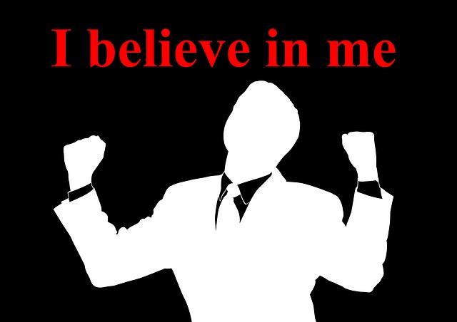 Obrázek s textem věřím v sebe